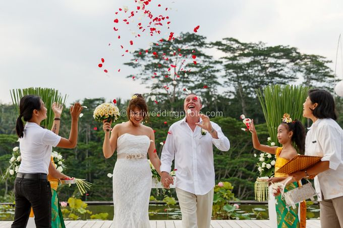 Simple Wedding Len & Marina by D'studio Photography Bali - 020