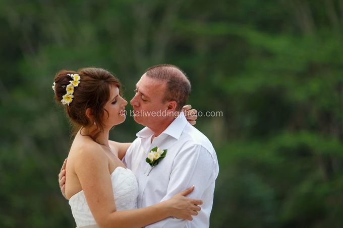 Simple Wedding Len & Marina by D'studio Photography Bali - 025