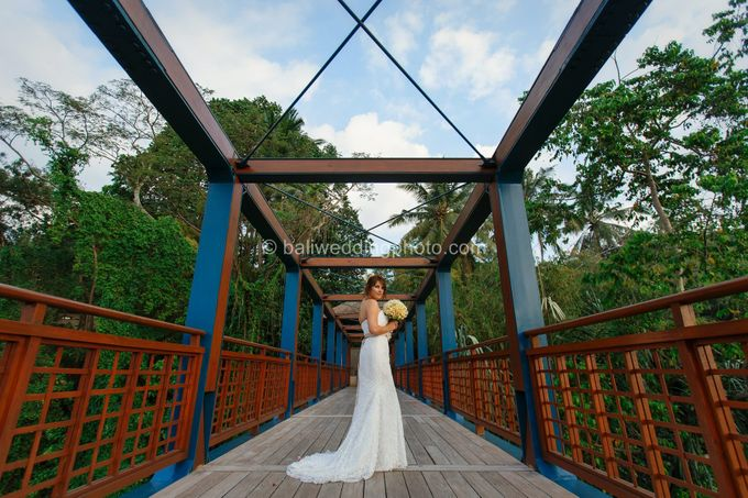 Simple Wedding Len & Marina by D'studio Photography Bali - 029