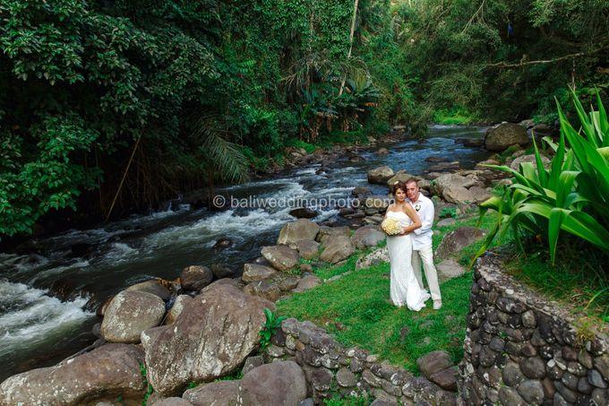 Simple Wedding Len & Marina by D'studio Photography Bali - 033