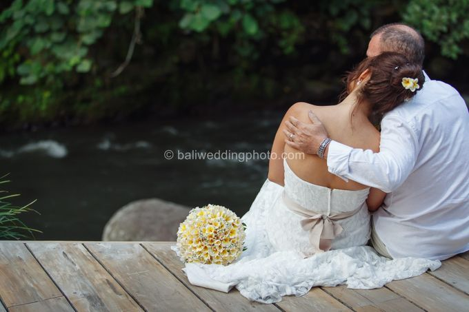 Simple Wedding Len & Marina by D'studio Photography Bali - 034