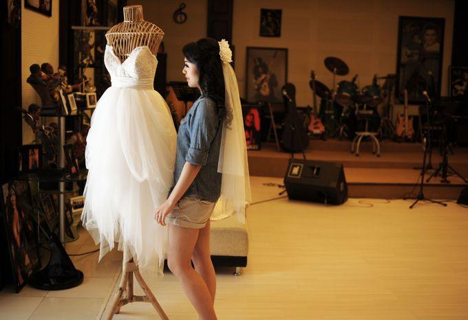 YURIKE'S DRESS by VERONIKA VIDYANITA - 002