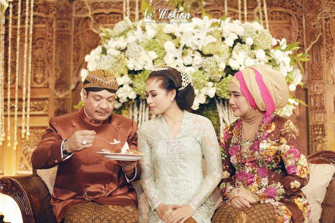 Ira & Ikhlas - Javanese & Acehnese Wedding by Mamie Hardo - 002