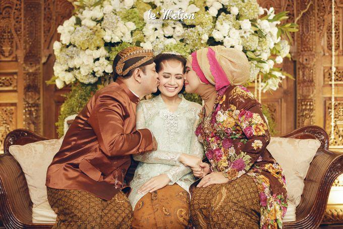 Ira & Ikhlas - Javanese & Acehnese Wedding by Mamie Hardo - 003
