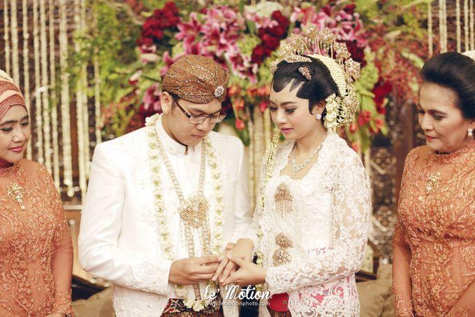 Ira & Ikhlas - Javanese & Acehnese Wedding by Mamie Hardo - 007