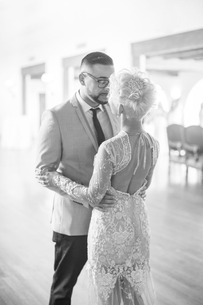 Fashion forward couple's destination wedding at The Montecito Country club in Santa Barbara, California by Kiel Rucker Photography - 019