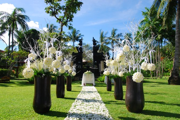 Wedding Package by The Laguna Resort and Spa, A Luxury Collection - 002