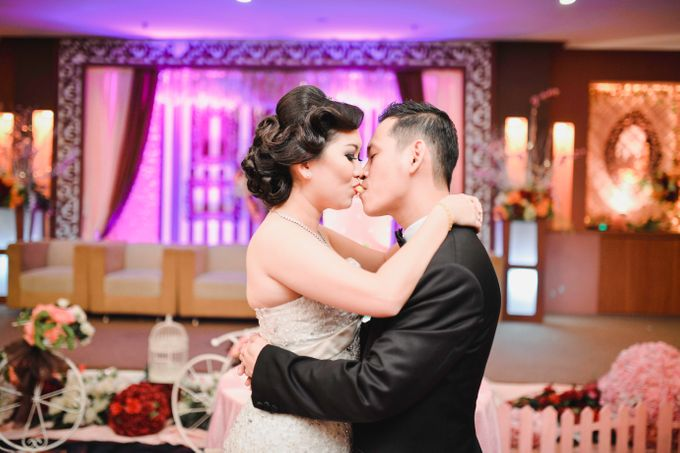 Yulianto and Indah Wedding Day by Rosemerry Pictures - 005