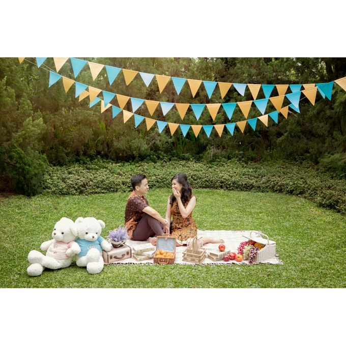 Caring For Each Other by Kencana Art Photo & Videography - 020