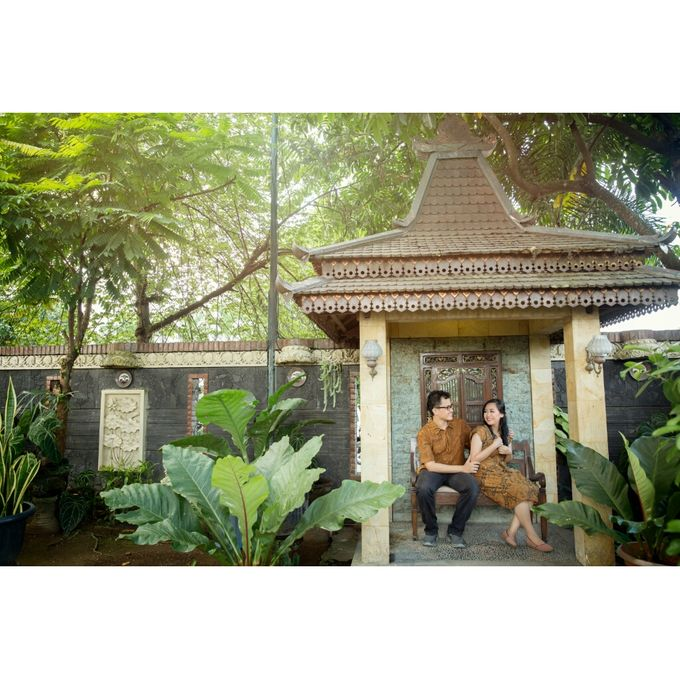 You Will Never Walk Alone by Kencana Art Photo & Videography - 002