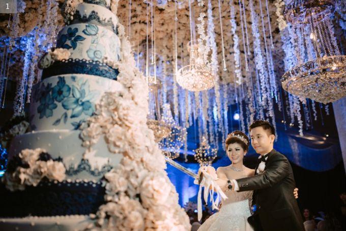 WEDDING OF IWAN & NOVI by Angie's Cake - 002