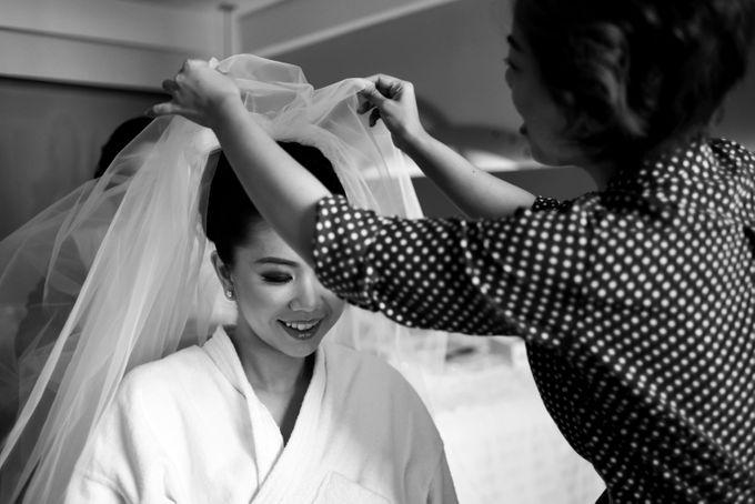 The wedding of Arief and Olivia by Ike Riani Hartono - 010