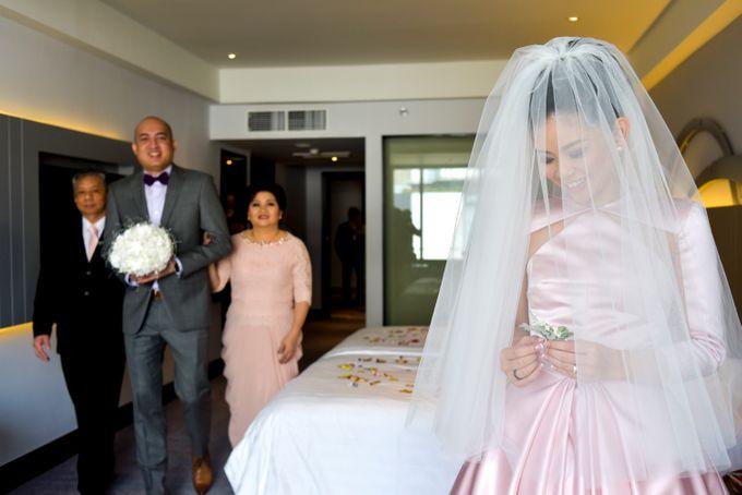 The wedding of Arief and Olivia by Ike Riani Hartono - 011