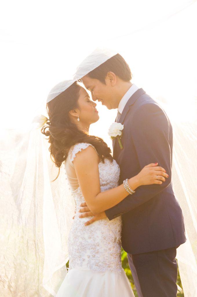 Amorita Resort Wedding by Lloyed Valenzuela Photography - 005