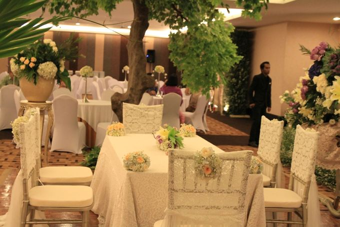 Luri & Ari Wedding by grandkemang Jakarta - 003