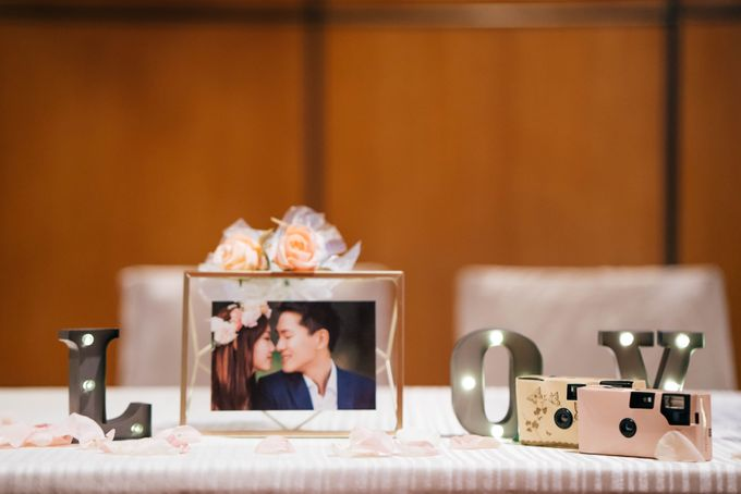 Wedding at Marrriot Tangs Hotel by The Wedding Camera Co - 003