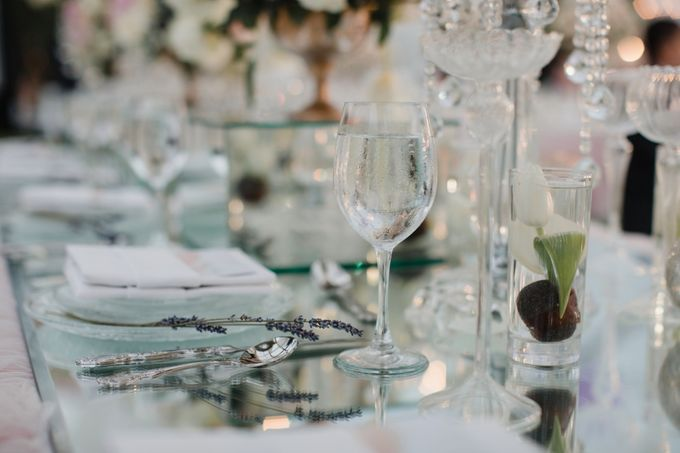 Simple and Modern Rococo style wedding at the Island of Gods by Priscilla Myrna - 041