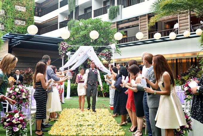 Jelena & Steven Wedding by Courtyard by Marriott Bali Seminyak - 010