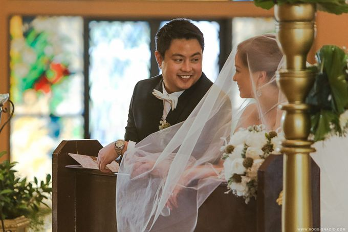 Joey & Prin - Wedding by Bogs Ignacio Signature Gallery - 024