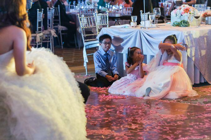 Joey & Prin - Wedding by Bogs Ignacio Signature Gallery - 046