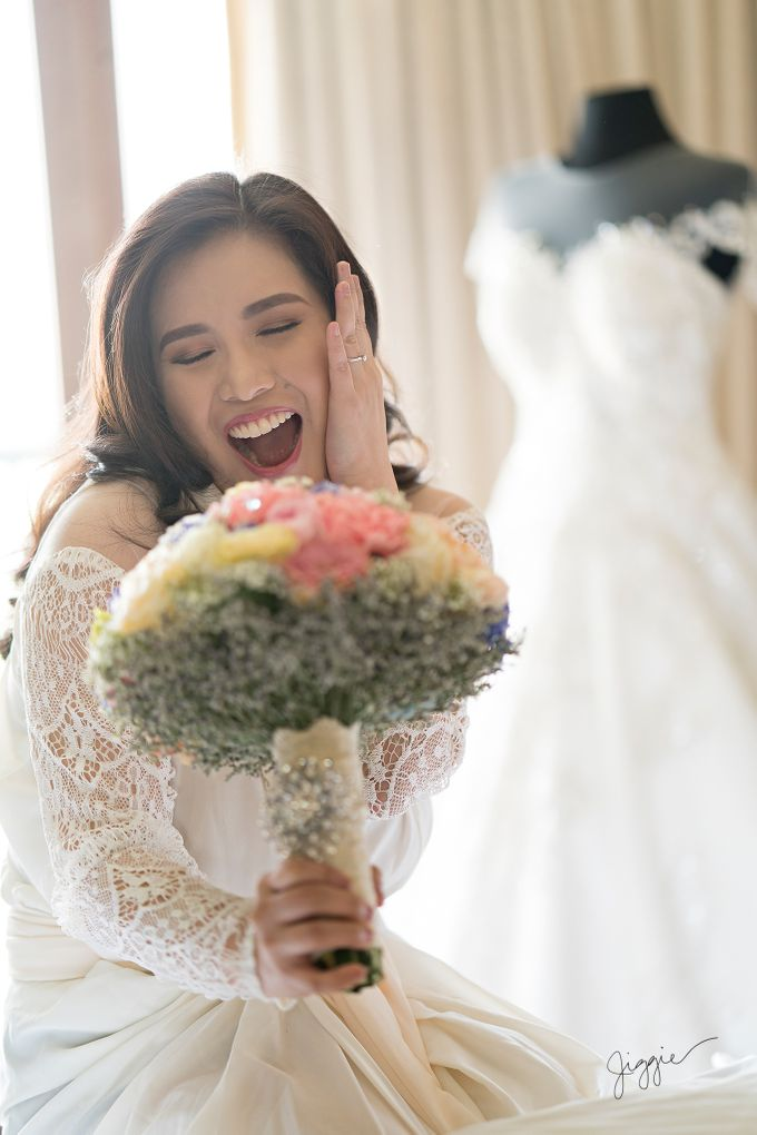 A very personal wedding of JP and Nix by Jiggie Alejandrino Wedding Photographs - 008