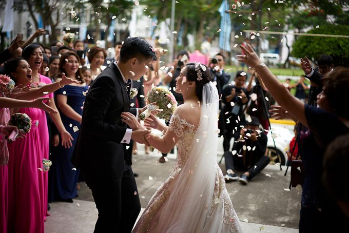 A very personal wedding of JP and Nix by Jiggie Alejandrino Wedding Photographs - 018