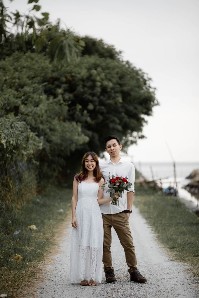 Warm engagement session in Penang  by Amelia Soo photography - 031