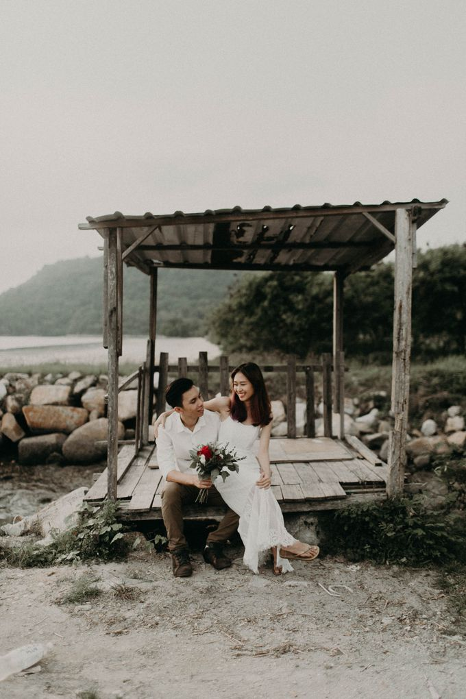 Warm engagement session in Penang  by Amelia Soo photography - 042