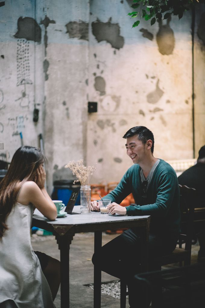 Streetstyle engagement session in Penang 04 by Amelia Soo photography - 044