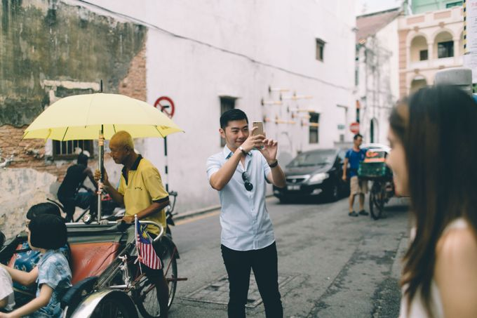 Streetstyle engagement session in Penang 04 by Amelia Soo photography - 026