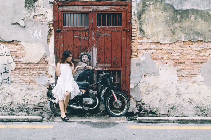 Streetstyle engagement session in Penang 04 by Amelia Soo photography - 028
