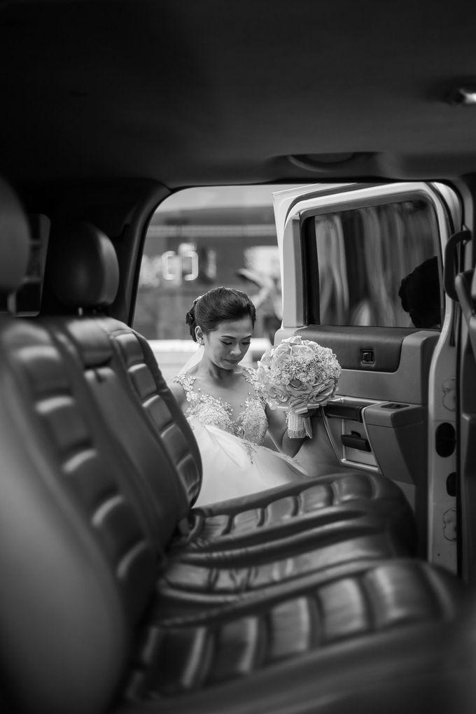 JC & Riz - Wedding by Bogs Ignacio Signature Gallery - 030