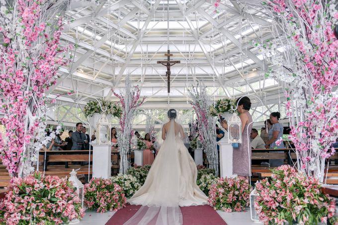 JC & Riz - Wedding by Bogs Ignacio Signature Gallery - 036