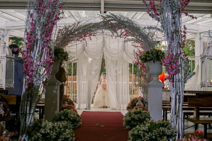 JC & Riz - Wedding by Bogs Ignacio Signature Gallery - 037