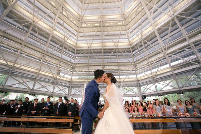 JC & Riz - Wedding by Bogs Ignacio Signature Gallery - 044