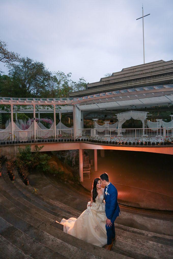 JC & Riz - Wedding by Bogs Ignacio Signature Gallery - 049