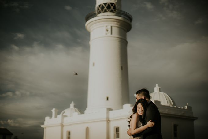 Jimmy & Sylvia Sydney Engagement Session by Calia Photography - 015
