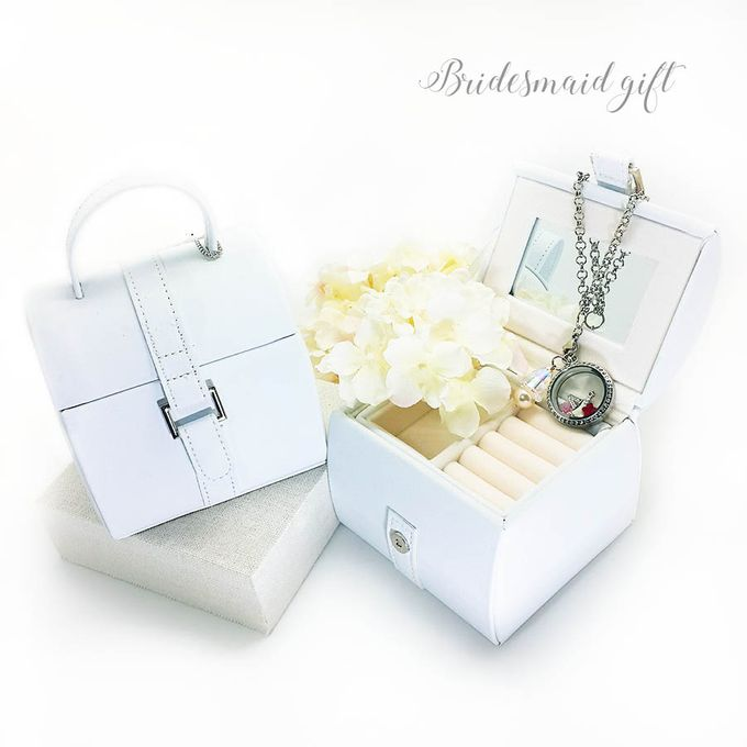 Bridesmaid Gift by Jacquelink - 007