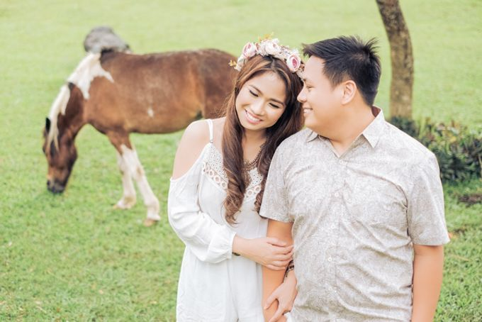 Joushua and Ana Tagaytay Prenup Session by Vintanna Photography - 040