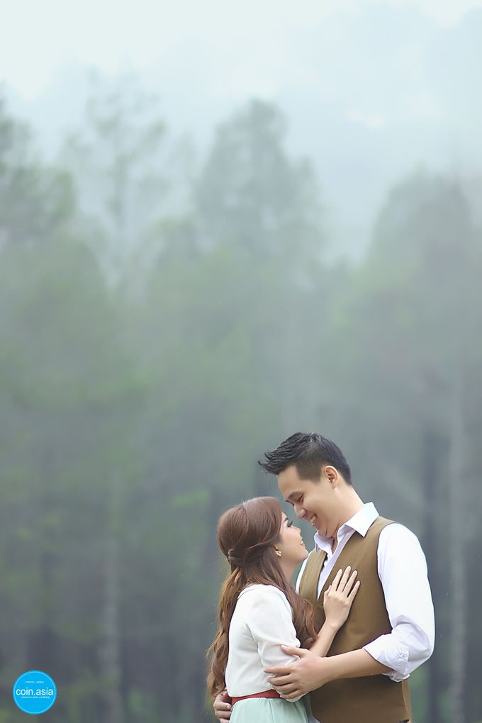 Pre -Wedding of Rendi & Fifi by COIN ASIA - 006