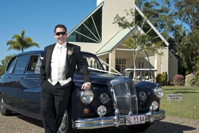 Classic Daimler major Magestic Wedding Car by Tic Tac Tours & Premier Limousines - 010