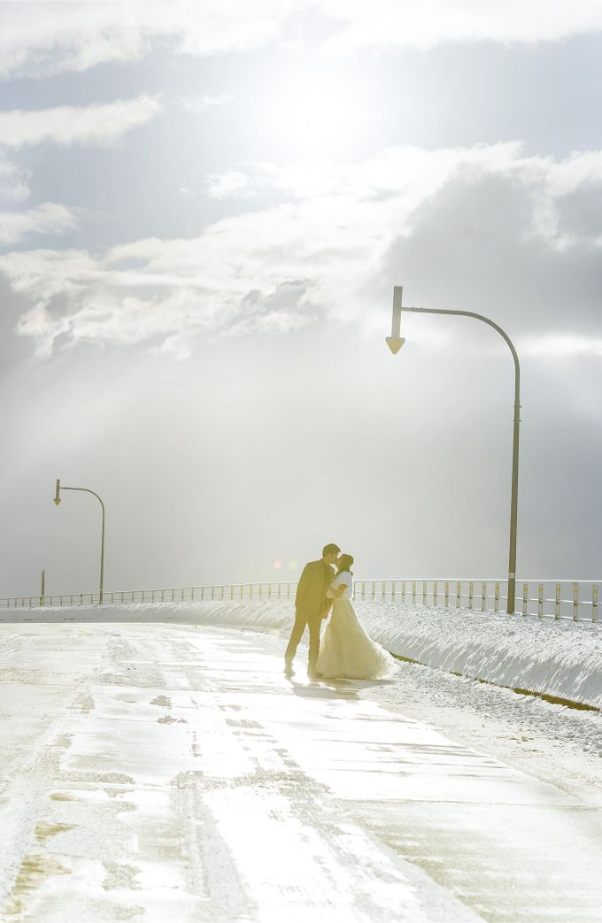 Winter Prewedding Hokkaido, Japan; the Otaru canal,  Niseko slopes by John15 Photography - 029
