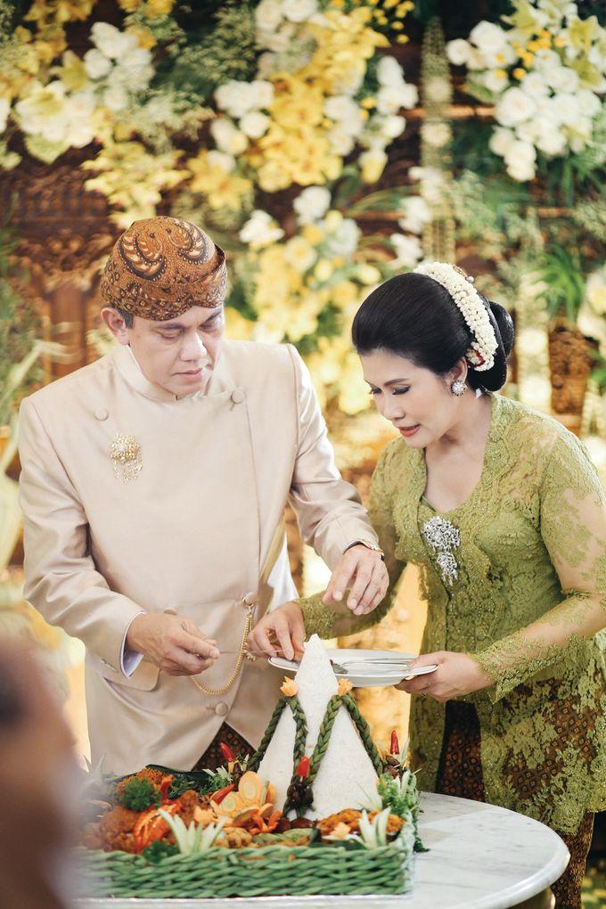 Erik & Christie Siraman by JAYSU Weddings by Jacky Suharto - 011