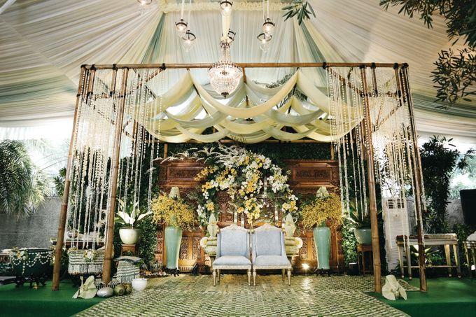 Erik & Christie Siraman by JAYSU Weddings by Jacky Suharto - 001
