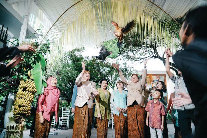 Erik & Christie Siraman by JAYSU Weddings by Jacky Suharto - 024