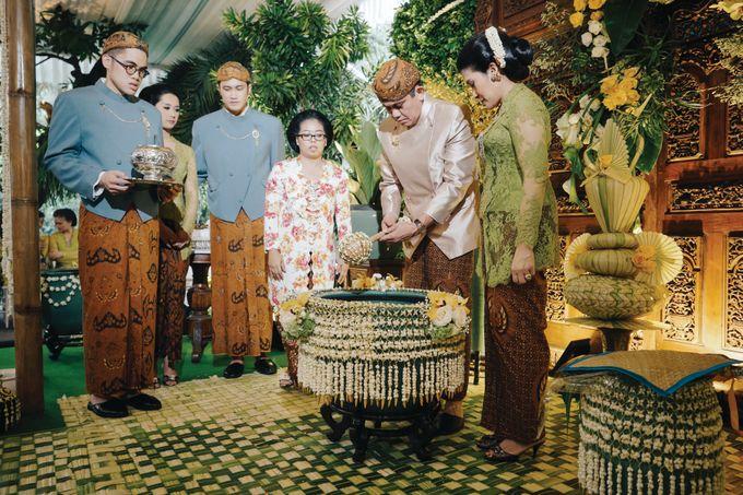 Erik & Christie Siraman by JAYSU Weddings by Jacky Suharto - 027