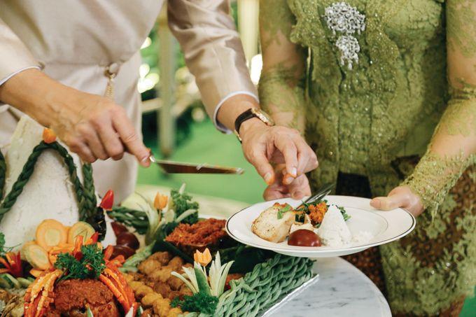 Erik & Christie Siraman by JAYSU Weddings by Jacky Suharto - 047