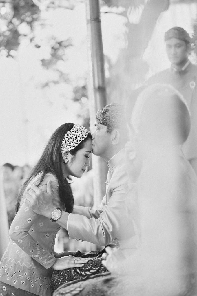Erik & Christie Siraman by JAYSU Weddings by Jacky Suharto - 007