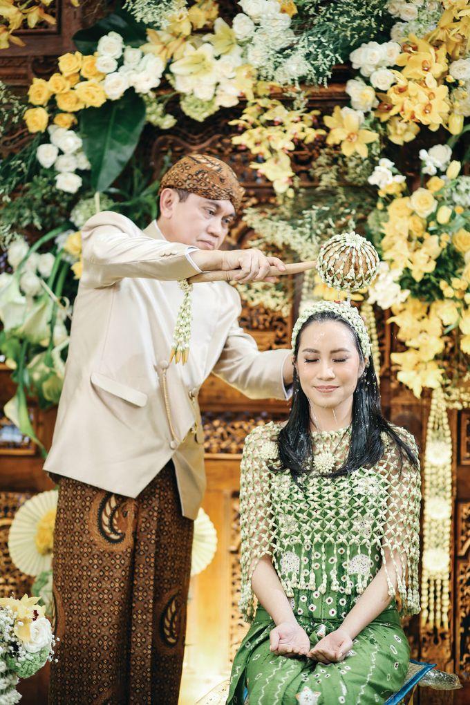 Erik & Christie Siraman by JAYSU Weddings by Jacky Suharto - 008