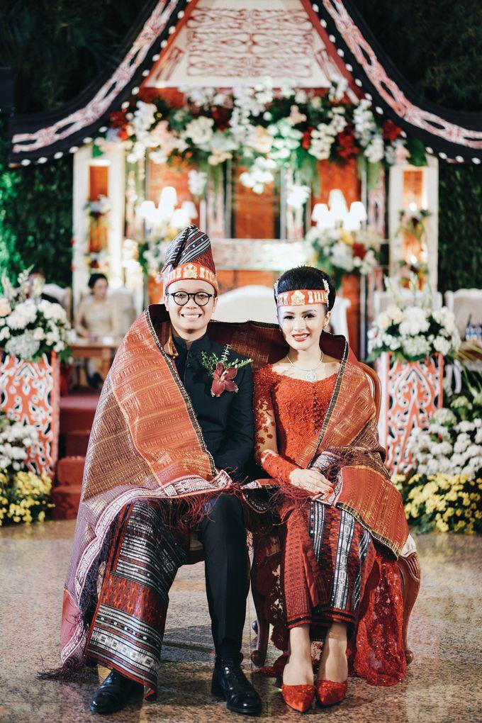 Togi & Jesicca - Holy Matrimony & Batak Ceremony by JAYSU Weddings by Jacky Suharto - 048